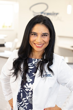 Vero Beach prosthodontist Giuliana Diaz Jones DDS
